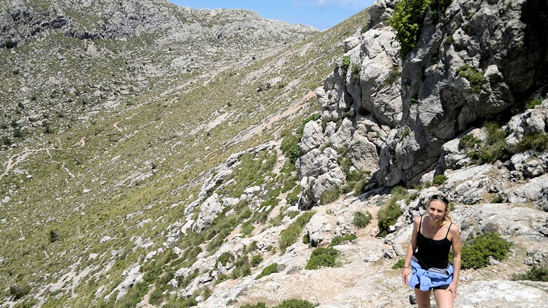 Climbing to the summit of Puig de Massanella