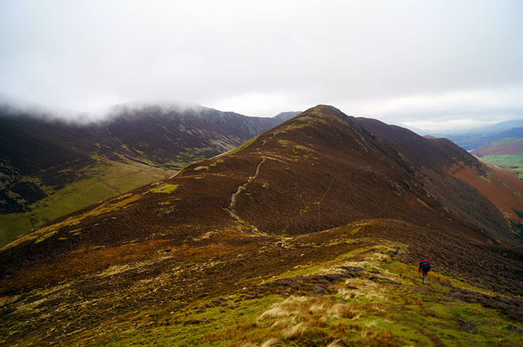 Ridge path to Ard Crags