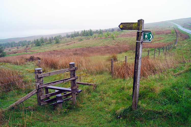 Signpost pointing back to Crown Point