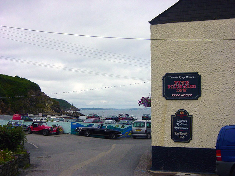 Five Pilchards Inn at Porthallow