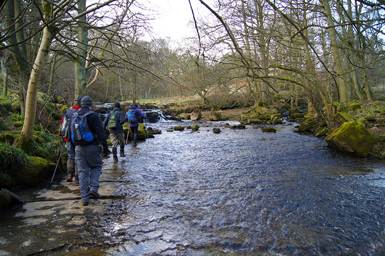 The crossing of How Stean Beck