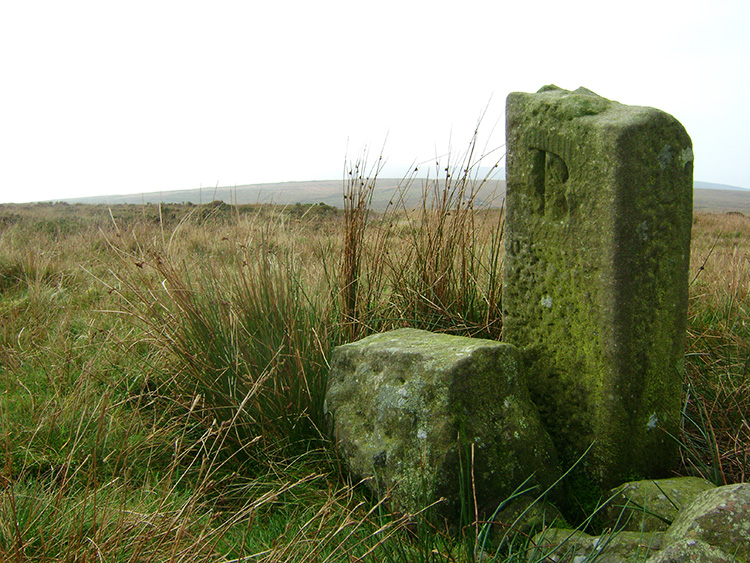Boundary stone at Round Hill