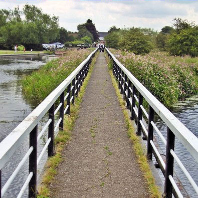 Towpath bridge over the Trent