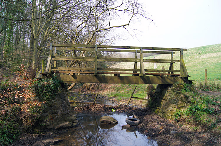 Footbridge over Stainsacre Beck