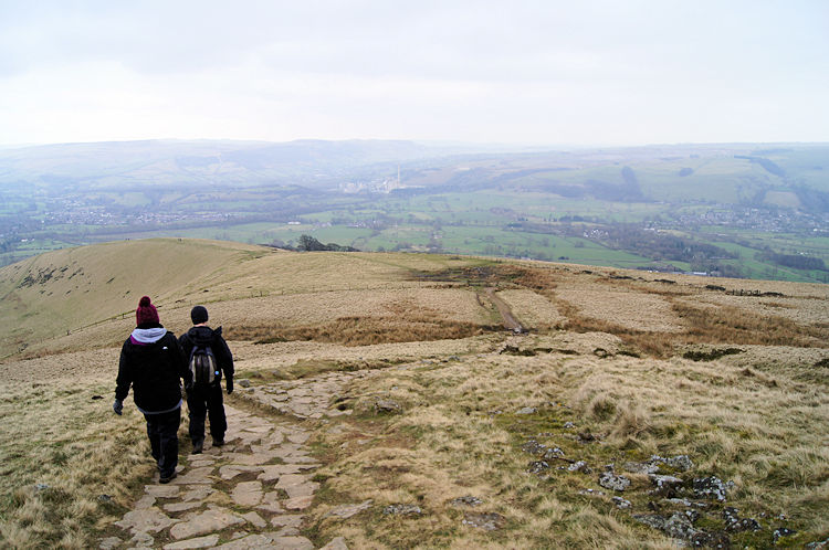 Descending from Lose Hill towards Hope