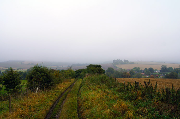 Track from Overton Hill to East Kennett