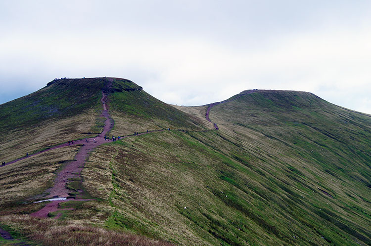 Corn Du and Pen y Fan from Bwlch Duwynt