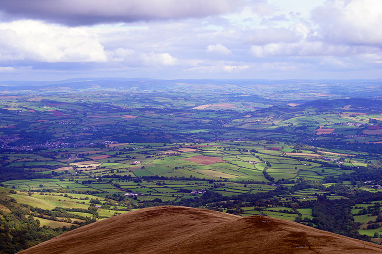 The view north to Brecon and the lowlands from Cribyn
