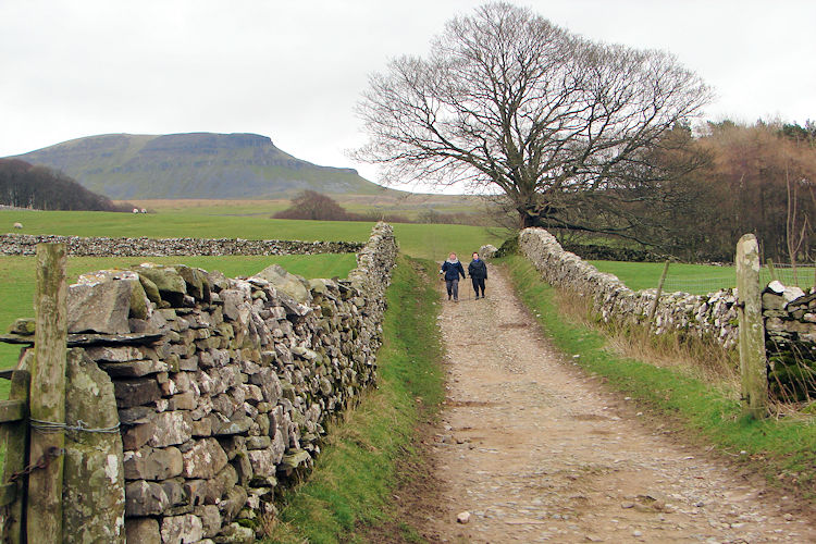 Walking back into Horton in Ribblesdale