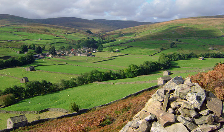View from the Pennine Way to Thwaite