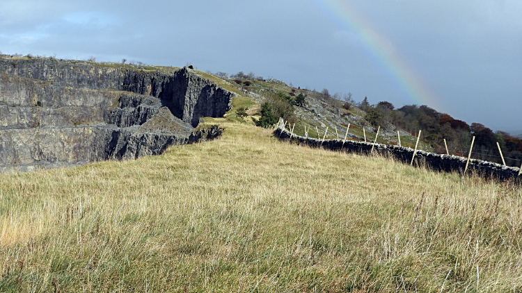 The narrow path beside Giggleswick Quarry