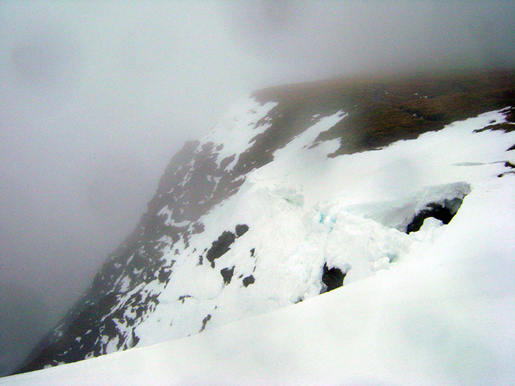 Dangerous snow cornice on Bowscale Fell