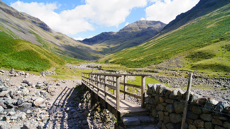 Footbridge over Gable Beck