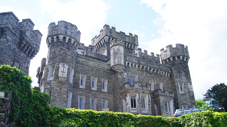 Wray Castle, east side