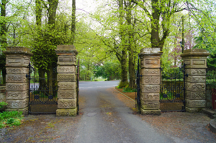 Entrance from the A671 to Read Park