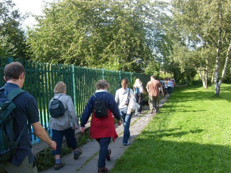 Walkers on the Thorncliffe Trail
