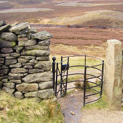 Restored kissing gate on Snake Path