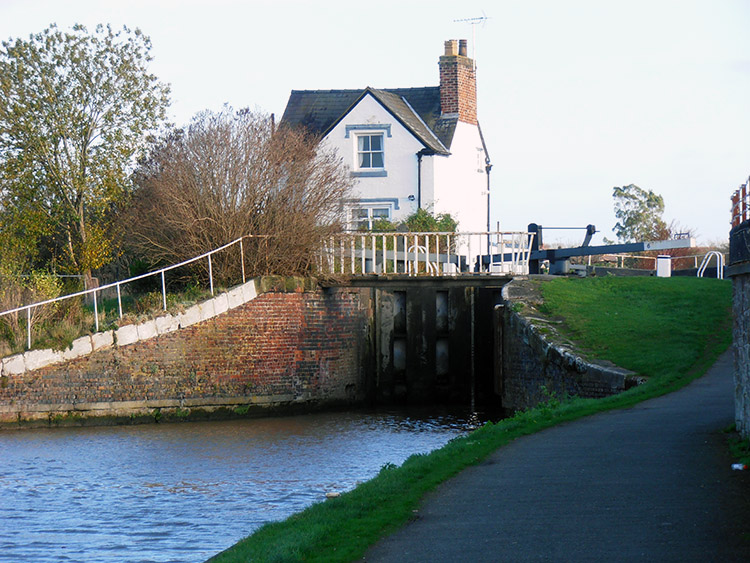 Lock gates on the Shropshire Union Canal