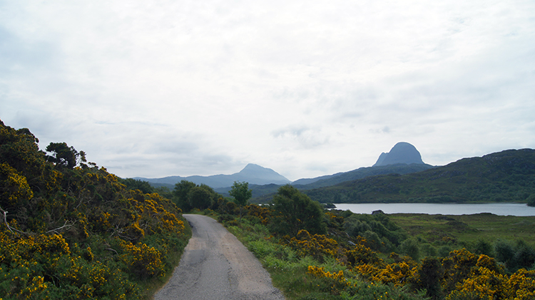 Setting off with Suilven in my sights