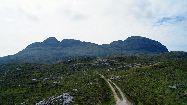 Meall Meadhonach and Caisteal Liath in profile
