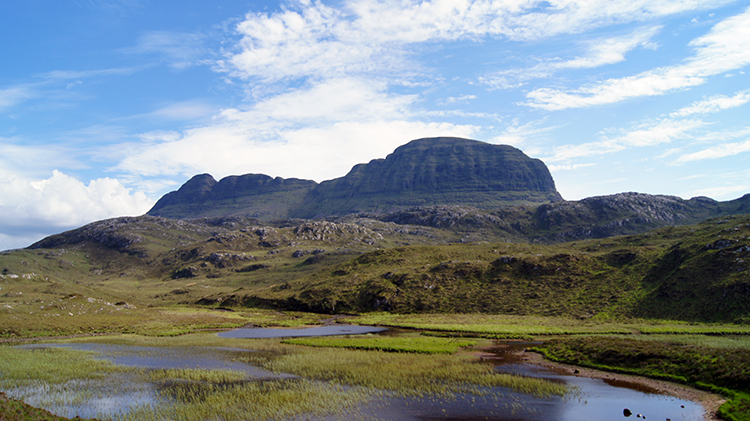Looking back to Suilven from Lochan Buidhe