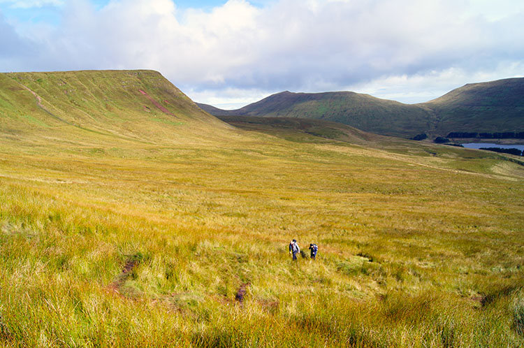 Looking north to Graig Fan Ddu, Cribyn and Fan y Big