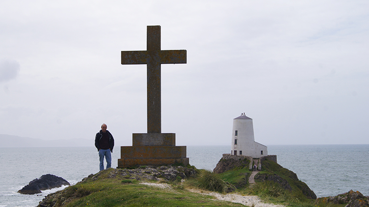 Cross on Llanddwyn Island