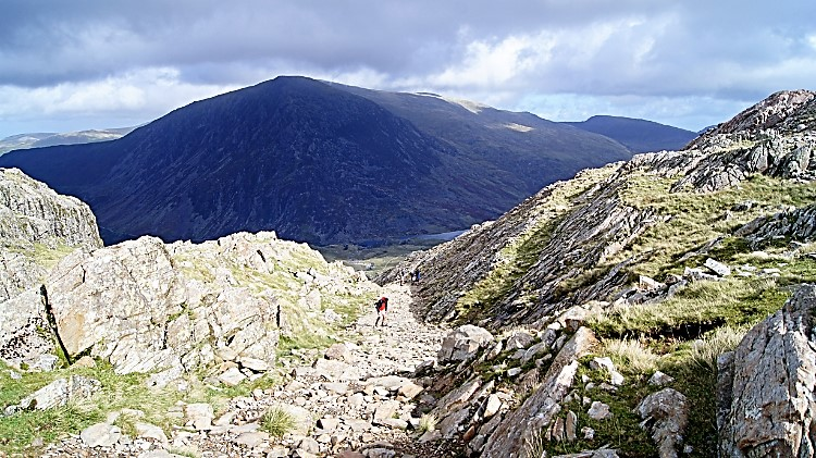 To Devil's Kitchen with a view to Carnedd Dafydd